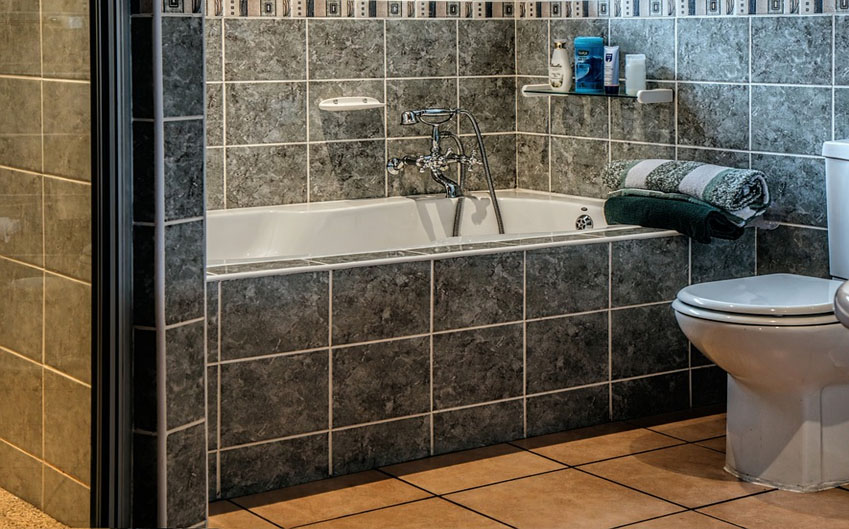 Hard Surface Flooring High Country CleaningSummit County - Cleaning stained bathroom tiles